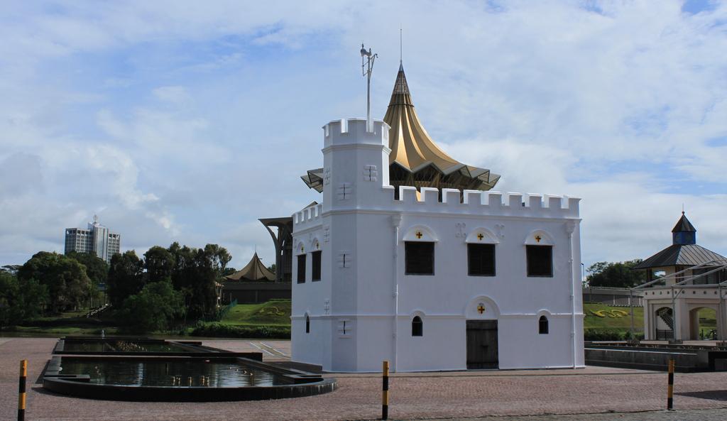 Square Tower - Kuching Waterfront
