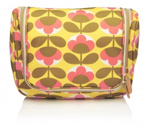 cuckooland_Orla Kiely Oval Flower Wash Bag