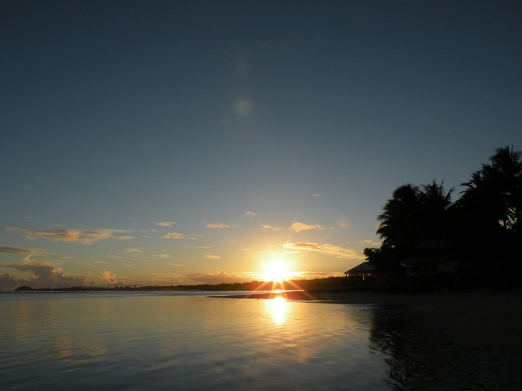 Manase Beach Sunrise by Jorge Price CC BY 2.0