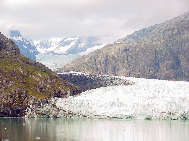 Glacier Bay National Park – Alaska by TravelingOtter CC BY-SA 2.0