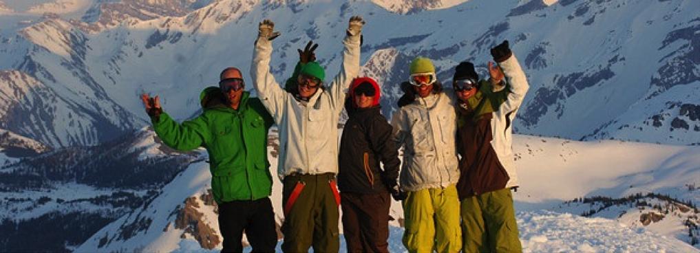 Ski image by EA Ski